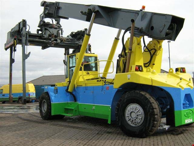 Reach Stacker Container Handler