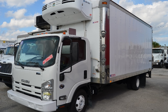 2010 Isuzu Npr 18 Reefer Yellow Deck